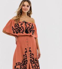 Платье миди цвета ржавчины на пуговицах с открытыми плечами и вышивкой Violet Skye-Красный