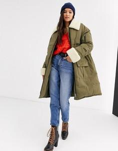 Дутое пальто цвета хаки с искусственным мехом ASOS DESIGN-Зеленый