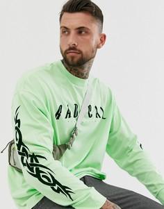 Oversize-футболка с длинным рукавом и надписью Radical на груди ASOS DESIGN-Зеленый