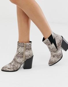 Ботинки в стиле вестерн на каблуке и с эффектом змеиной кожи Truffle Collection-Бежевый