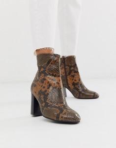 Кожаные ботинки на блочном каблуке со змеиным узором ASOS DESIGN Rescue-Светло-коричневый