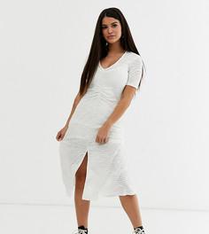 """Платье миди со сборками на талии и выжженным узором \зебра\"""" эксклюзивно для ASOS DESIGN Petite-Зеленый"""