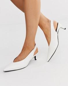 Туфли на каблуке-рюмочке с ремешком через пятку Monki-Белый