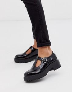 Черные туфли на плоской массивной подошве с T-образными элементами New Look-Черный