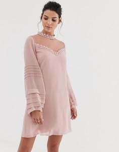 Платье А-силуэта с длинными рукавами и высоким воротником Little Mistress-Розовый