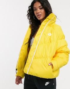 Желтая дутая куртка с высоким воротом Nike-Желтый