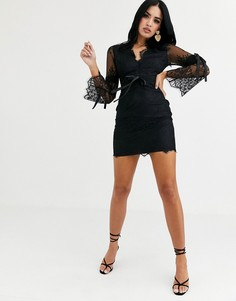 Черное кружевное платье мини с длинными рукавами Love Triangle-Черный