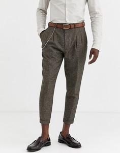 Суженные книзу укороченные брюки с шевронным узором Twisted Tailor-Коричневый