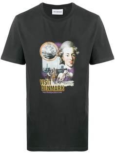 Han Kjøbenhavn футболка с принтом Visit Denmark