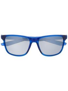 Nike солнцезащитные очки Flip с затемненными линзами