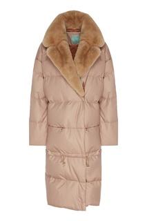 Стеганое бежевое пальто с меховой отделкой Akhmadullina Dreams