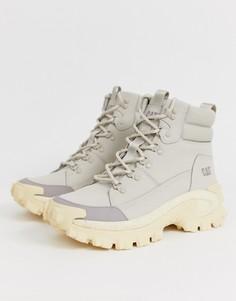 Серые ботинки на толстой подошве CAT Trespass-Серый