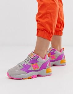 Серо-фиолетовые кроссовки на массивной подошве New Balance 608-Серый