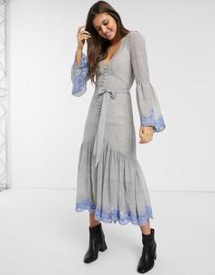 Платье миди с вышивкой We Are Kindred-Синий