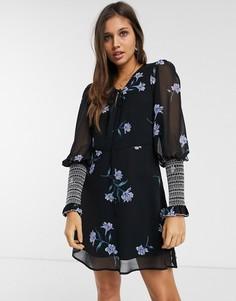 Платье мини с цветочным принтом и присборенной отделкой We Are Kindred-Черный