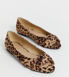 Балетки для широкой стопы с леопардовым принтом ASOS DESIGN-Мульти