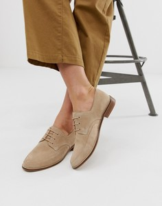 Бежевые кожаные туфли на плоской подошве ASOS DESIGN-Бежевый