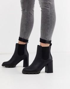 Черные ботинки челси на массивной подошве и каблуке River Island-Черный