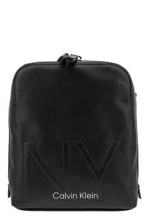 Маленькая черная сумка с текстильным плечевым ремнем Calvin Klein Jeans