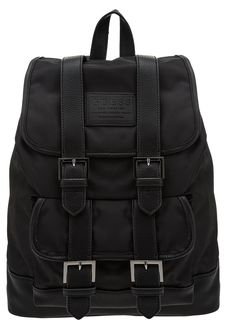 Черный текстильный рюкзак с откидным клапаном Guess