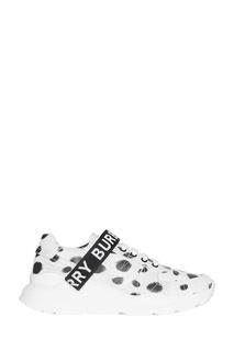 Белые кроссовки с принтом Burberry
