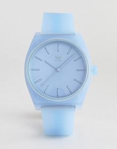 Синие часы с силиконовым ремешком adidas Z10 Process-Синий