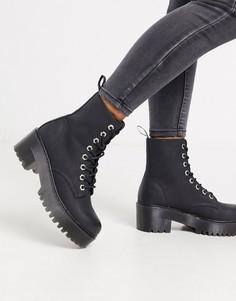 Черные ботинки на каблуке и массивной подошве со шнуровкой New Look-Черный