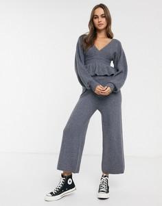 Трикотажные широкие брюки от комплекта из переработанных материалов в рубчик ASOS DESIGN-Серый