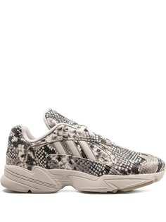 adidas кроссовки Yung-1