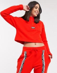 Красный короткий свитшот с высоким воротом adidas Originals