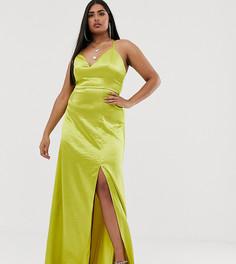 Атласное платье макси с глубоким вырезом и разрезом Club L London Plus-Зеленый