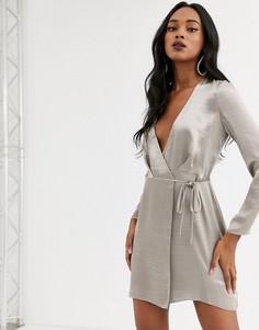 Атласное платье мини с запахом ASOS DESIGN-Серый