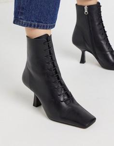 Черные кожаные ботильоны на каблуке со шнуровкой Chio-Черный