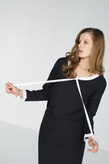 Блуза женская adL 11532292000 черная 42 RU
