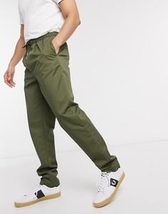 Саржевые брюки цвета хаки с затягивающимся шнурком Fred Perry-Зеленый