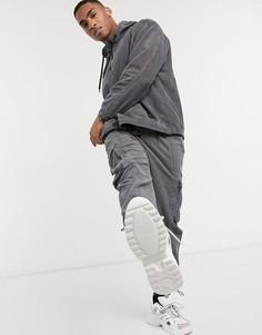 Серые вельветовые брюки карго от комплекта Bershka-Серый