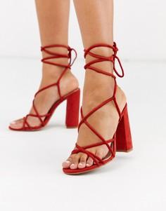 Босоножки на каблуке с ремешками Glamorous-Красный