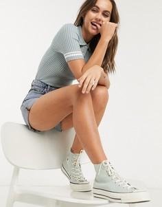 Синяя трикотажная футболка-поло с белыми полосками Monki-Белый