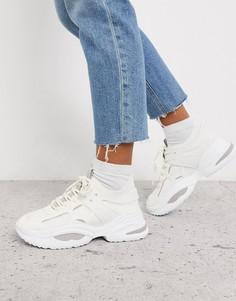 Белые кроссовки Steve Madden-Белый