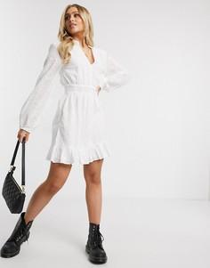 Белое платье с вышивкой ришелье и оборкой на подоле Missguided-Белый
