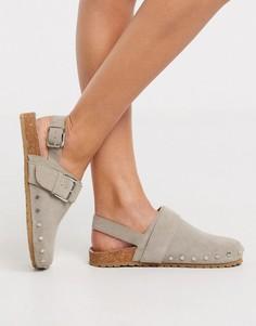 Серые замшевые туфли на плоской подошве с заклепками ASOS DESIGN-Серый
