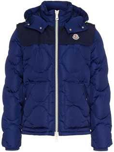 Moncler стеганая куртка с капюшоном