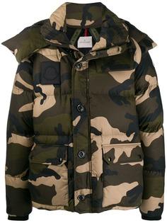 Moncler куртка с камуфляжным узором