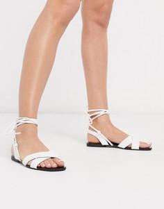 Белые сандалии с завязками Qupid-Белый