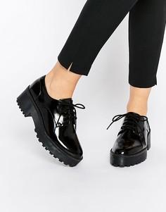 Туфли на толстой подошве и шнуровке Monki-Черный