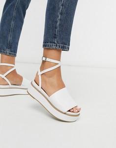 Белые сандалии на массивной плоской платформе ASOS DESIGN-Белый