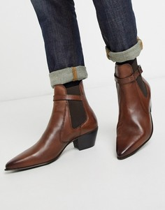 Коричневые кожаные ботинки челси в ковбойском стиле на кубинском каблуке с ремешком ASOS DESIGN-Коричневый
