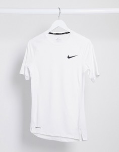 Белая футболка Nike Pro Training-Белый