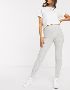 Серые трикотажные брюки в рубчик с эффектом металлик Lipsy-Серый