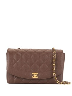 Chanel Pre-Owned стеганая сумка на плечо Diana с ремнем-цепочкой